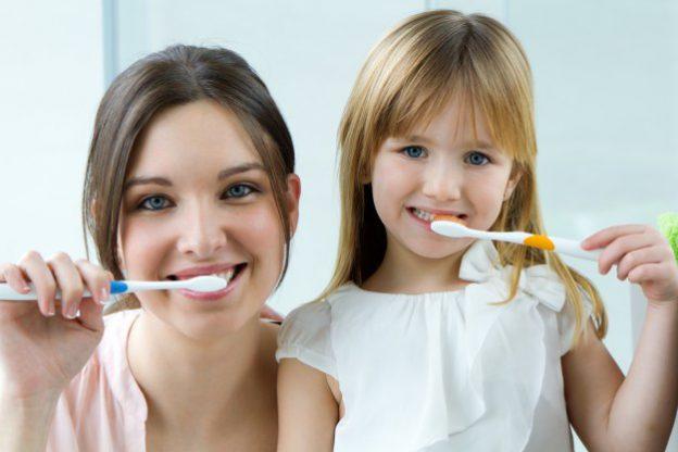 Clínica dental en Madrid Centro explica qué es la abrasión dental
